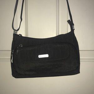 Baggallini cross body purse